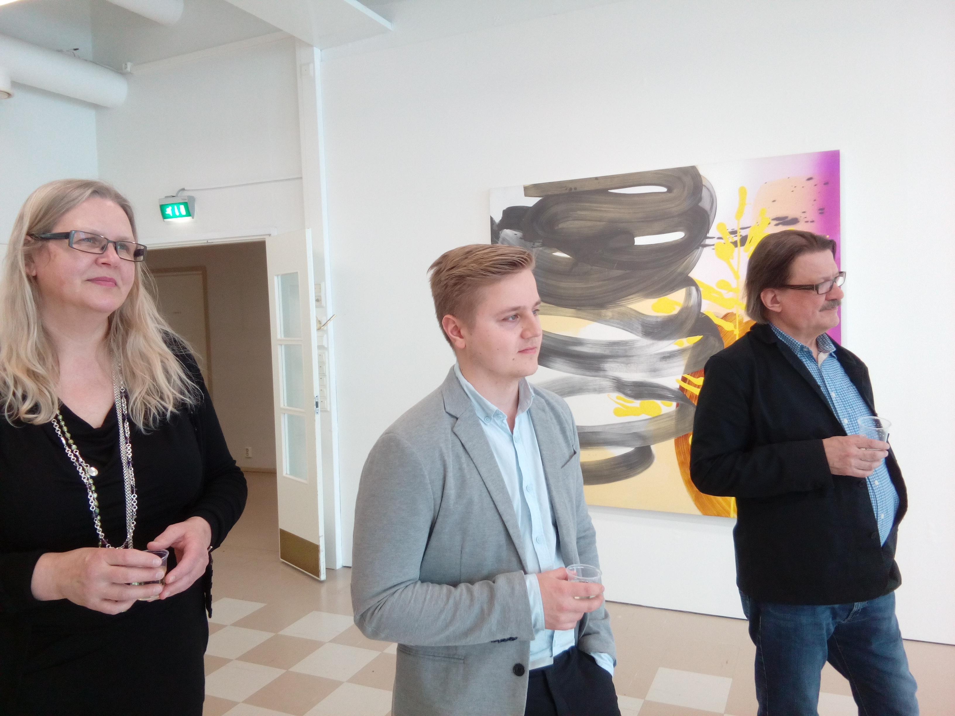 Galleria Harmajan puolella nautittiin musiikista ja taiteesta